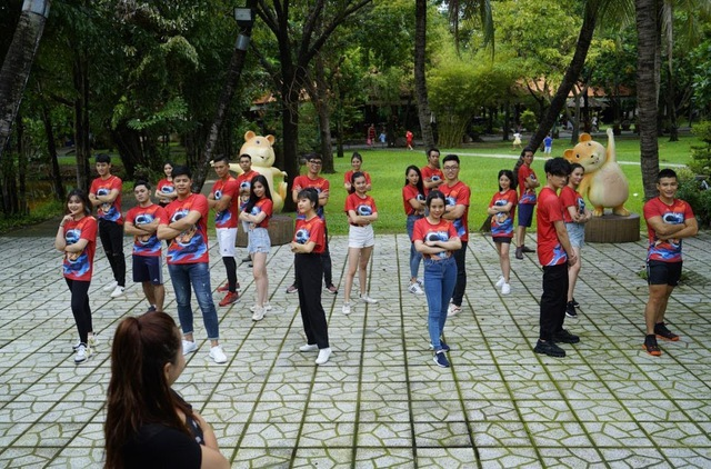 Nhìn lại hành trình của 21 thí sinh Miss & Mister VLTK 15, từ những người xa lạ tới tình nghĩa keo sơn - Ảnh 9.