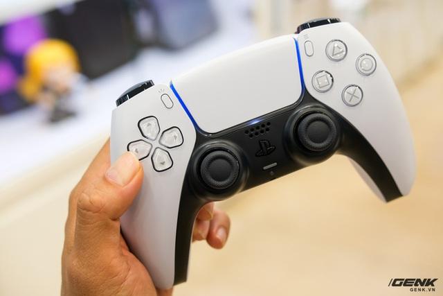 Cận cảnh PlayStation 5 đầu tiên vừa về Việt Nam, giá 34.5 triệu đồng - Ảnh 10.