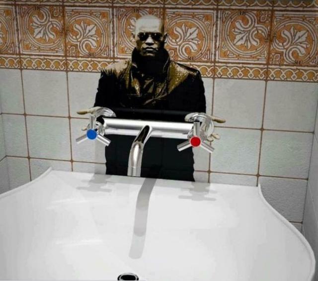 Loạt tác phẩm nghệ thuật cực ngẫu hứng trong nhà vệ sinh khiến dân mạng cười phá lên - Ảnh 1.