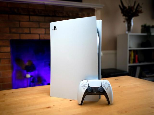 Chấp nhận giá cắt cổ, nhiều người vẫn bỏ 30. 40 triệu ra mua PS5 - Ảnh 1.