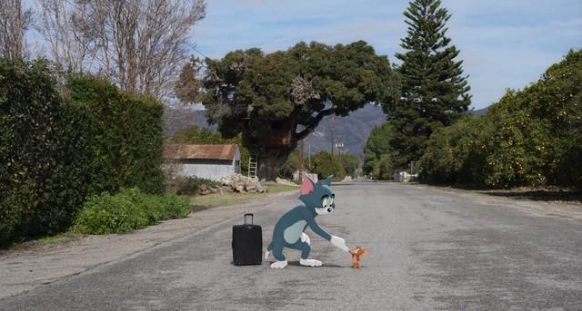 Cặp kỳ phùng địch thủ Tom và Jerry lần đầu tái xuất màn ảnh rộng sau 3 thập kỷ đã khai chiến với mỹ nhân - Ảnh 3.