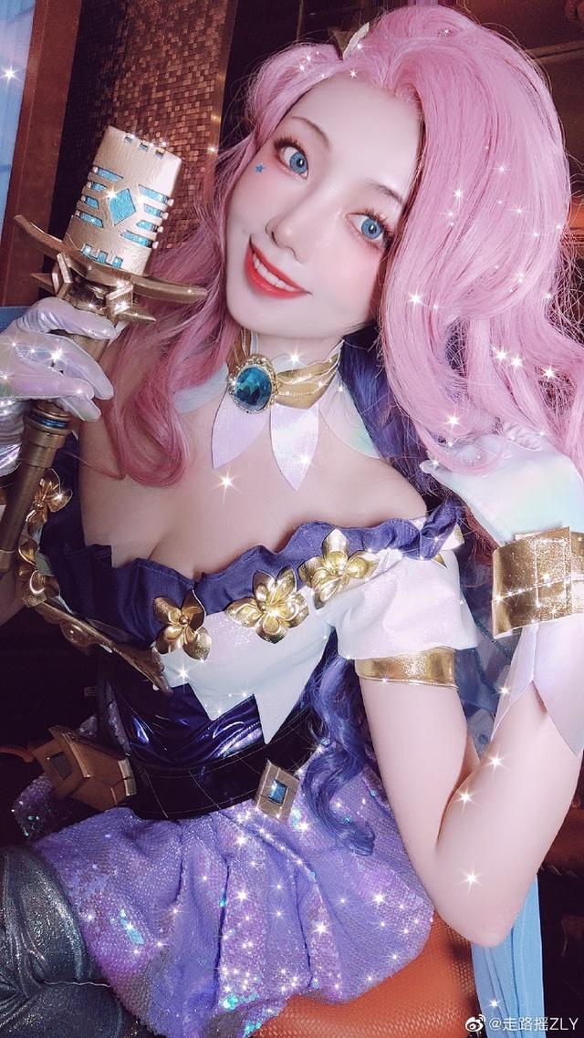 Seraphine - tướng nữ hot nhất LMHT thay đổi phong cách sexy, gợi cảm Photo-1-1605840311264614813283