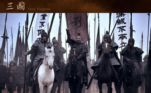 Vô cùng tin tưởng Gia Cát Lượng, tại sao khi đánh Đông Ngô báo thù cho Quan Vũ, Lưu Bị lại không dẫn theo Khổng Minh? - Ảnh 2.
