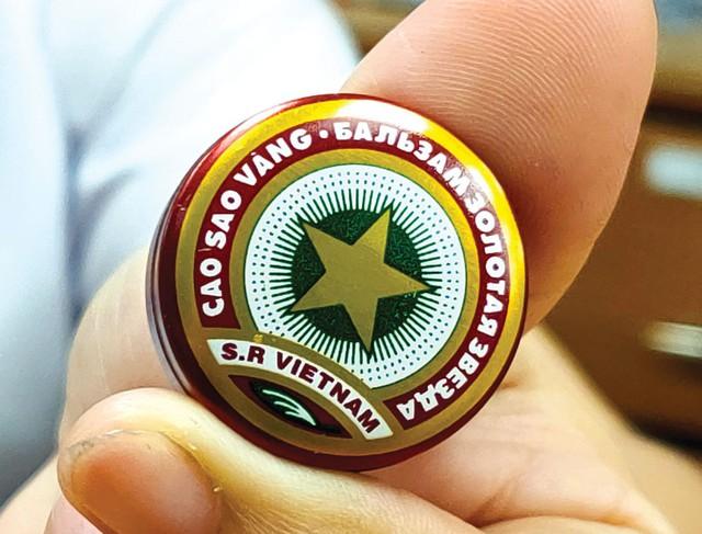 Netizen ngã ngửa khi soi giá siêu phẩm cao sao vàng Việt Nam ở nước ngoài, hơn 250k một hộp - Ảnh 3.