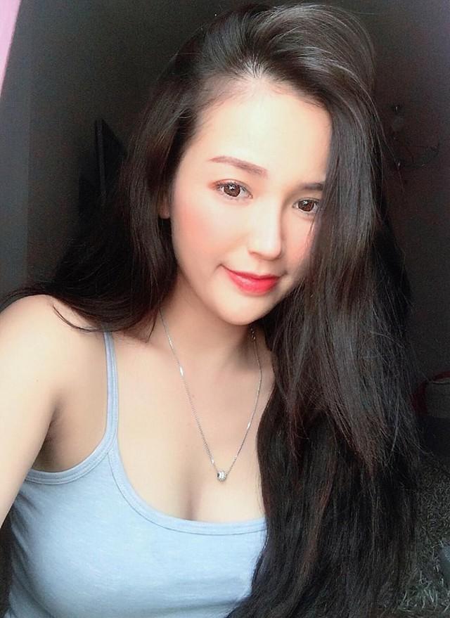 Sở hữu vòng một lên tới 108cm, nàng hot girl Việt quyến rũ khiến cộng đồng mạng xao xuyến, lên cả báo nước ngoài - Ảnh 9.