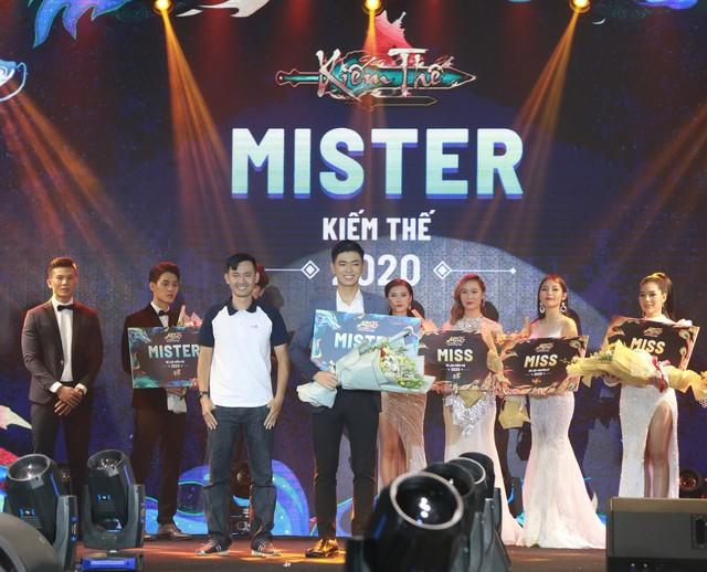 Đêm chung kết của cuộc thi Miss & Mister VLTK 15 - Hấp dẫn, gay cấn và ngập tràn cảm xúc - Ảnh 14.