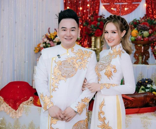Chuyện tình Xemesis và vợ trẻ 2k2 trước thềm siêu đám cưới: Chênh nhau 13 tuổi, gặp không ít thị phi nhưng vẫn về đích an toàn - Ảnh 14.