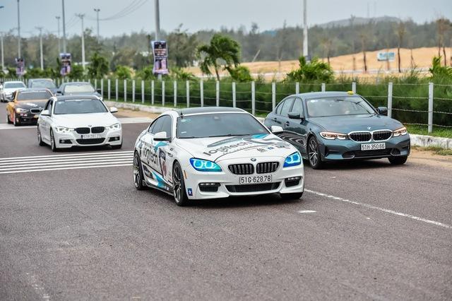 Logitech G kết hợp BMW tạo ra trải nghiệm đua xe hoàn hảo từ thực tế đến video game - Ảnh 1.