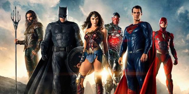 Ngoài Wonder Woman, các siêu anh hùng DC khác đang ở đâu và làm gì vào năm 1984? - Ảnh 4.