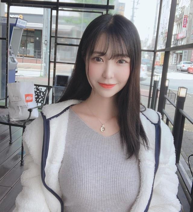 Xuất hiện cực phẩm hot girl tân binh phim 18+ khiến CĐM sôi sục, được ví như Yua Mikami phiên bản Hàn Quốc - Ảnh 1.