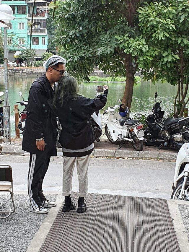 Sau vụ lộ clip 18+, Streamer Alice bất ngờ xuất hiện tại Hà Nội với người yêu, vui vẻ như chưa có gì xảy ra - Ảnh 4.