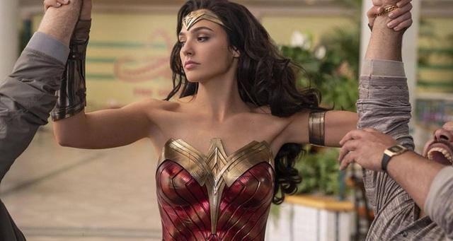 Wonder Woman 1984 rất sướng tai và đã mắt, nhưng có hơi giống lớp học đạo đức không? - Ảnh 2.