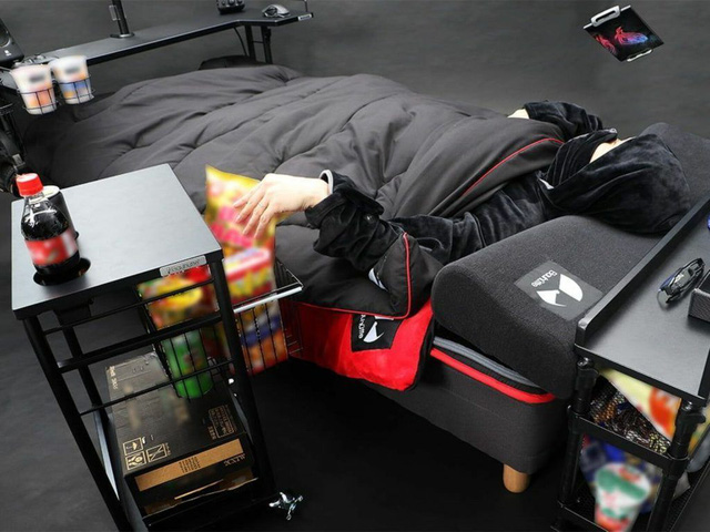 Bất ngờ với chiếc giường gaming đa dụng, ăn ngủ vệ sinh tại chỗ cho game thủ, giá chỉ ngang xe Wave - Ảnh 2.