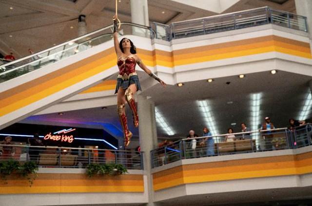 """Cẩm nang cần biết trước khi ra rạp gặp chị đại DC trong bom tấn """"Wonder Woman 1984"""" - Ảnh 4."""