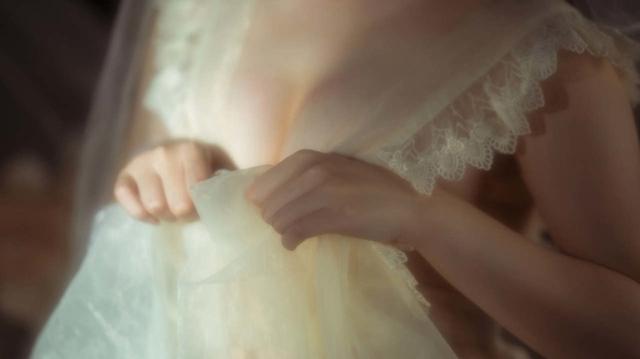 Ngắm thiếu nữ trong bộ váy trắng cô dâu mà chỉ biết thốt lên Ước gì anh lấy được nàng về dinh - Ảnh 2.