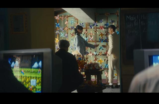 Cộng đồng bất ngờ phát hiện ra tựa game huyền thoại xuất hiện trong MV triệu views của Sếp Tùng - Ảnh 1.