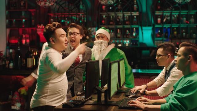 Độ Mixi và dàn streamer tên tuổi bất ngờ hợp tác cùng Rapper nổi tiếng Yuno BigBoi trong MV Giáng Sinh cực chất - Ảnh 8.