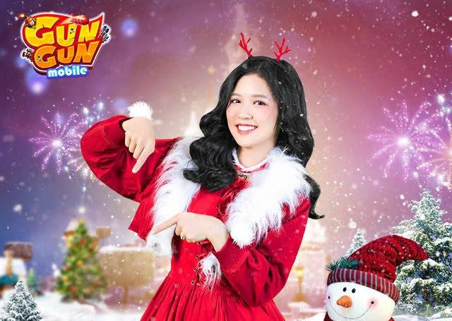 Gái xinh đua nhau cosplay bà già Noel version kiệm vải, thả thính cực nuột khiến anh em nóng người ngay giữa trời đông - Ảnh 13.