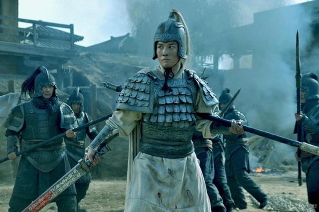 Gián điệp trà trộn dưới trướng Lưu Bị: Vu hại Triệu Vân, hại chết Quan Vũ và Trương Phi Photo-3-1608864367431303109457
