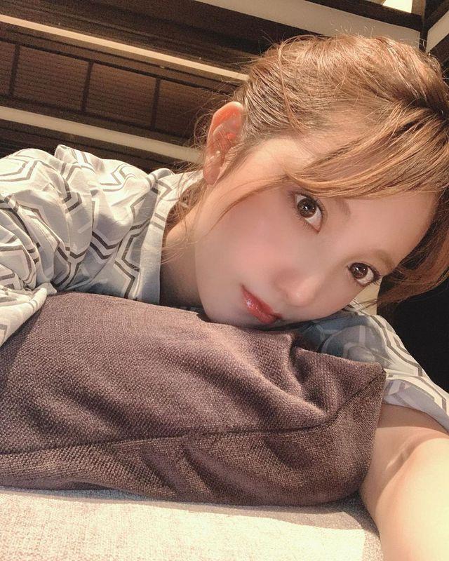 Mizuki từng được truyền thông nhắc tới rất nhiều nhờ vào vẻ ngoài xinh xắn của mình