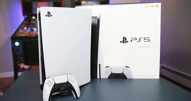 Bị vợ phát hiện khi lén lút mua PS5, nam game thủ buộc phải bán đi với giá rẻ - Ảnh 2.