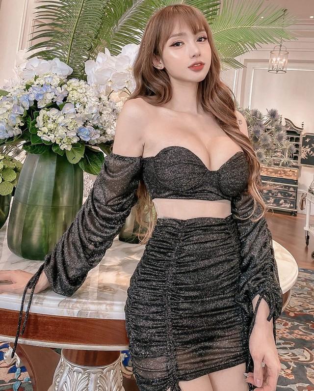 Sở hữu body nóng bỏng, nàng hot girl Việt được báo chí nước ngoài khen nức nở - Ảnh 2.