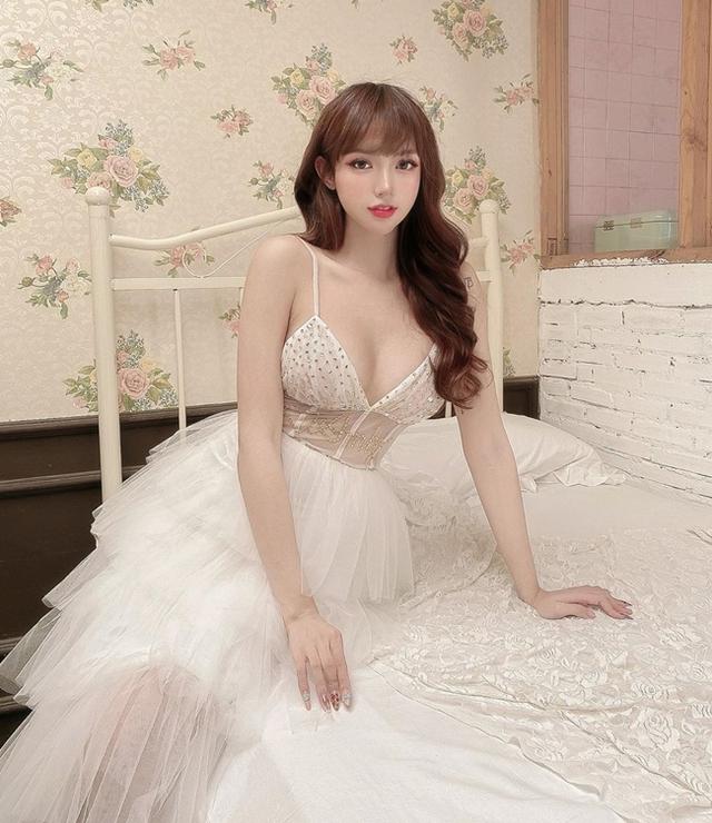 Sở hữu body nóng bỏng, nàng hot girl Việt được báo chí nước ngoài khen nức nở - Ảnh 7.