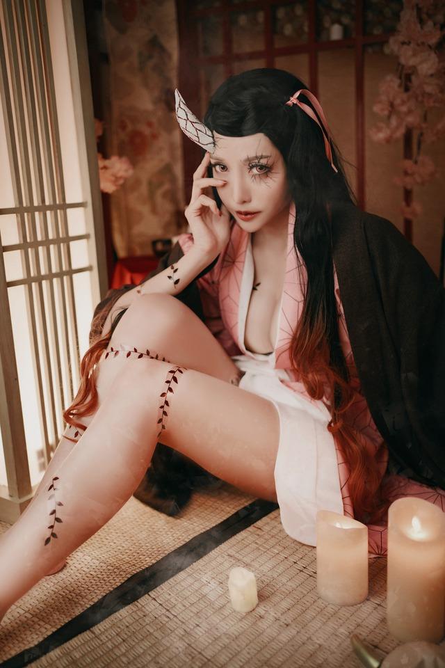Kimetsu no Yaiba: Ngẩn ngơ ngắm Nezuko phiên bản sexy Photo-1-16072643971451331566382