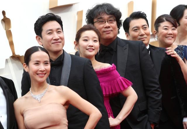 Parasite và cú ăn 3 lịch sử tại Oscar 2020: Giải to giải nhỏ đều ẵm trọn, đến chú Bong Joon Ho còn stress - Ảnh 8.