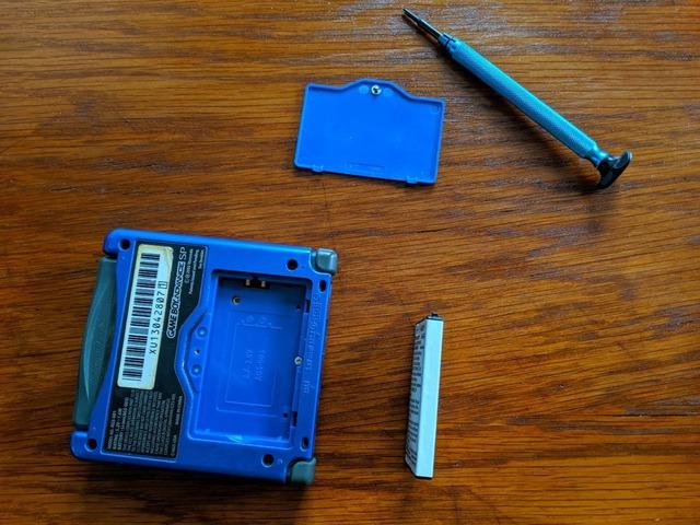 Không thể tin được máy Game Boy vẫn chạy tốt sau 20 năm hoạt động - Ảnh 2.