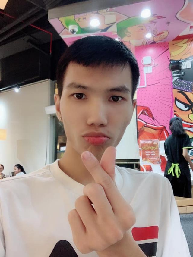 Valentine của các Hot Streamer Việt: Hỏi 5 người... thì 100% ở nhà livestream - Ảnh 2.