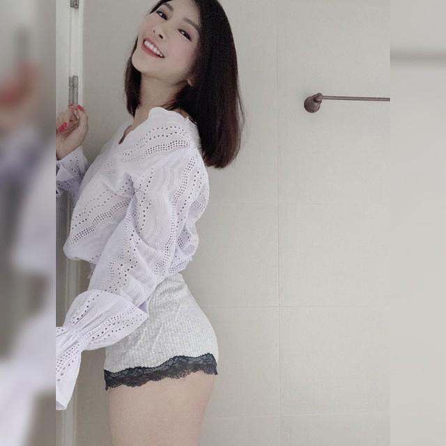 Ngây thơ dễ thương và sở hữu vòng một đẹp, nữ streamer mới nổi khiến cộng đồng mạng đặc biệt chú ý - Ảnh 4.
