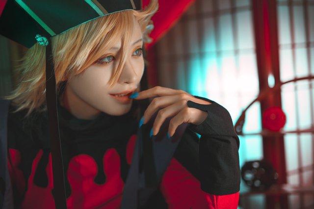 Con quỷ đa tình nhất Kimetsu no Yaiba hóa soái ca đời thực qua loạt ảnh cosplay đẹp long lanh - Ảnh 2.