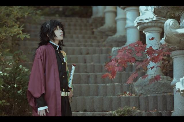Vừa ngắm vừa sướng khi thấy trai đẹp Kimetsu no Yaiba đẹp long lanh khi bước ra đời thật - Ảnh 4.
