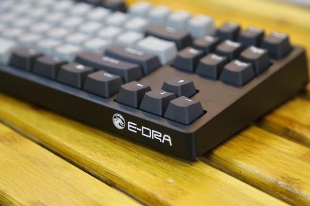 Bàn phím cơ gaming E-Dra EK387 Pro: Trông cực chuyên nghiệp nhưng giá chưa tới 1 triệu đồng