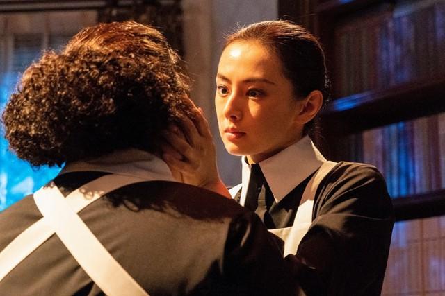 """Live-Action """"The Promised Neverland"""" xác nhận diễn viên thủ vai Mama ở trại trẻ mồ côi - Ảnh 2."""