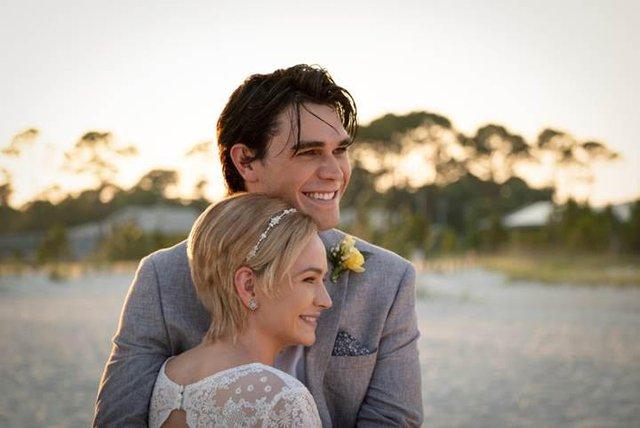 I Still Believe - Câu chuyện tình yêu ngọt ngào giúp thanh niên FA muốn lấy vợ ngay và luôn - Ảnh 3.