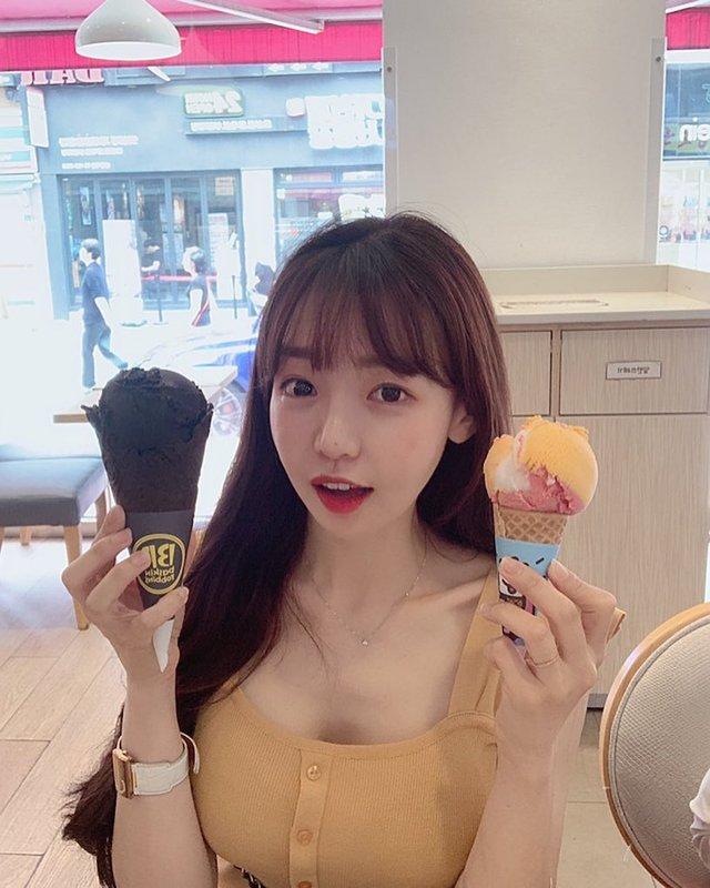 Xuất hiện nữ thần mới của làng streamer Hàn Quốc: Gợi cảm, đa tài, cái gì cũng giỏi - Ảnh 2.