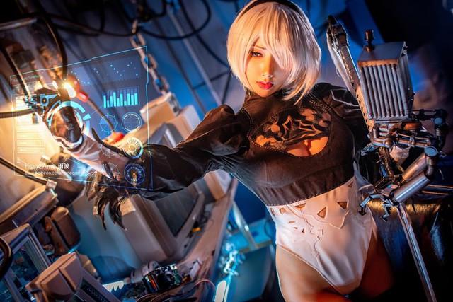 Mướt mắt khi ngắm bộ ảnh cosplay hở bạo về cô nàng 2B trong Nier: Automata - Ảnh 16.