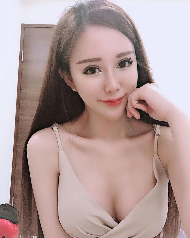 Livestream bán hàng online, cô nàng xinh đẹp bỗng nổi như cồn, thành hot girl chỉ sau một đêm - Ảnh 7.