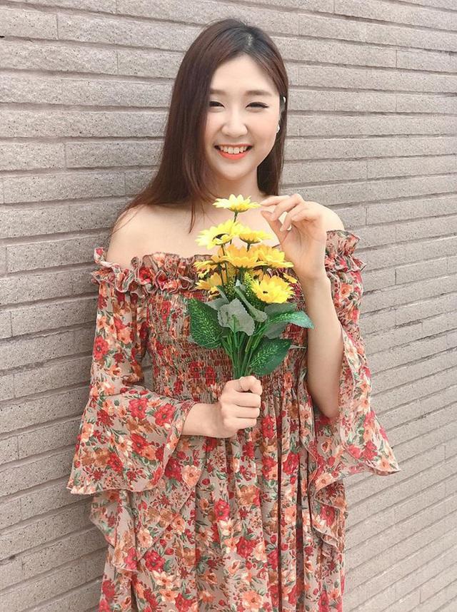Chân dung nữ ca sĩ người Hàn Quốc gây bão vì khen ngợi bánh mì trên sóng VTV - Ảnh 10.