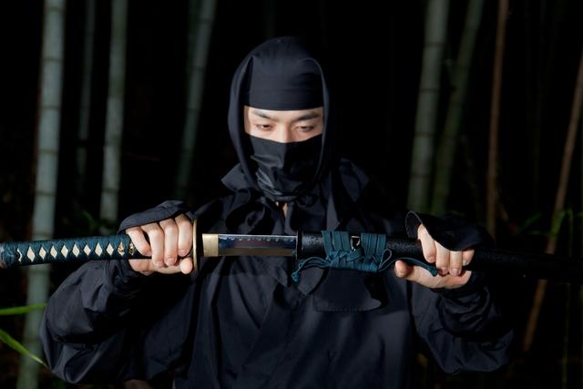 Tất tần tật về Ninja: Những sát thủ áo đen này có giống những gì chúng ta thấy trên phim ảnh? - Ảnh 2.