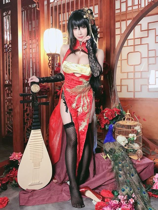 Lịm tim khi ngắm ảnh cosplay nàng waifu nổi tiếng trong tựa game mobile Azur Lane - Ảnh 4.