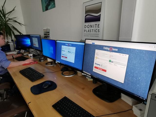 Dự án mượn PC của game thủ để tìm thuốc chữa COVID-19 mạnh đến mức siêu máy tính nhanh nhất thế giới cũng không có tuổi - Ảnh 1.