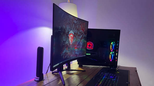 MSI Optix MAG 322CQRV - Experience the ultimate 144Hz curved screen for gamers - Image 2.