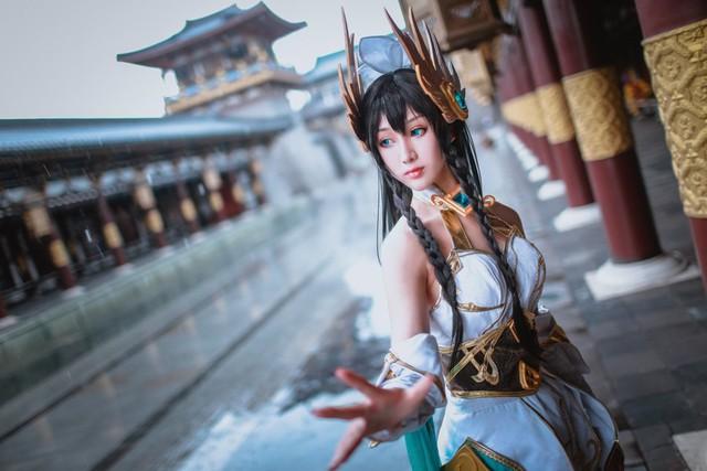 LMHT: Choáng váng vì vẻ đẹp tựa thần tiên tỉ tỉ trong bộ cosplay Irelia Tiên Kiếm của nữ game thủ Trung Quốc - Ảnh 14.