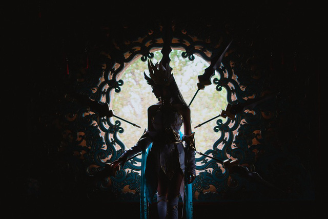 LMHT: Choáng váng vì vẻ đẹp tựa thần tiên tỉ tỉ trong bộ cosplay Irelia Tiên Kiếm của nữ game thủ Trung Quốc - Ảnh 5.