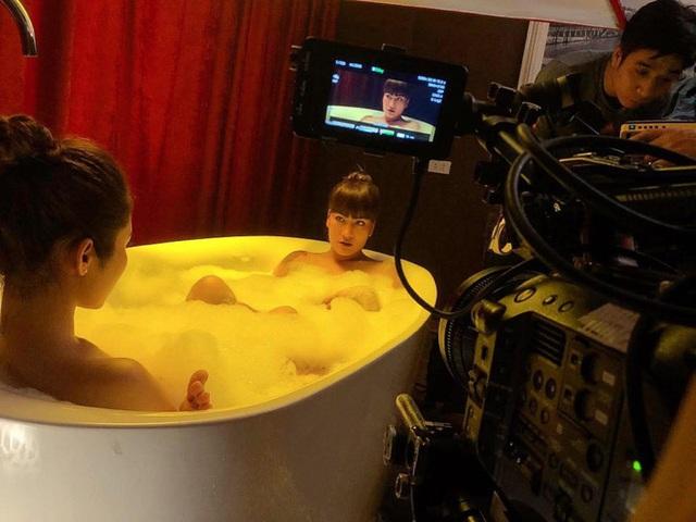 """Chuyện hài hước khi diễn viên nữ phải quay """"cảnh nóng"""" trong mùa dịch Covid-19 - Ảnh 5."""