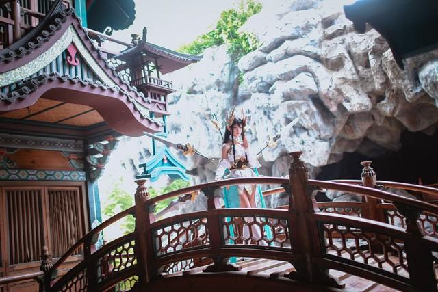 LMHT: Choáng váng vì vẻ đẹp tựa thần tiên tỉ tỉ trong bộ cosplay Irelia Tiên Kiếm của nữ game thủ Trung Quốc - Ảnh 7.