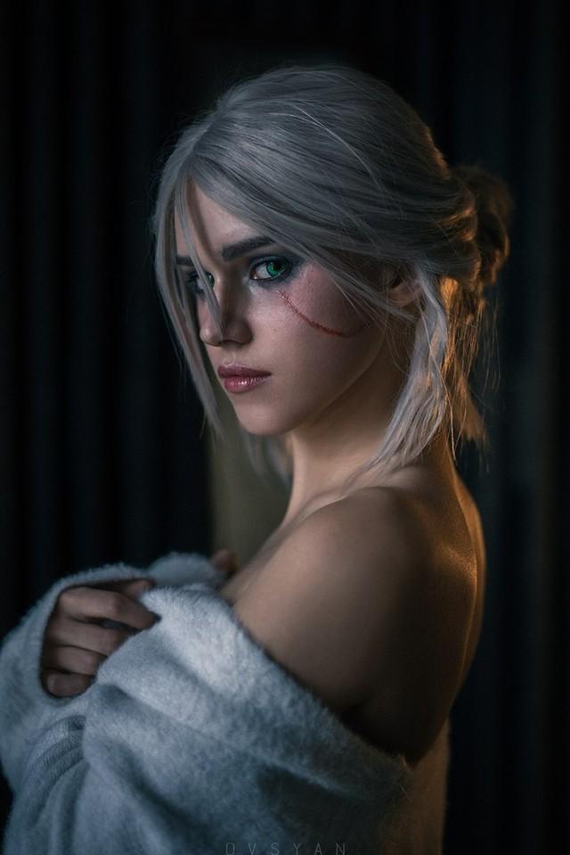 Ngắm nhìn nàng Ciri của The Witcher phiên bản siêu chân dài gợi cảm và quyến rũ - Ảnh 7.
